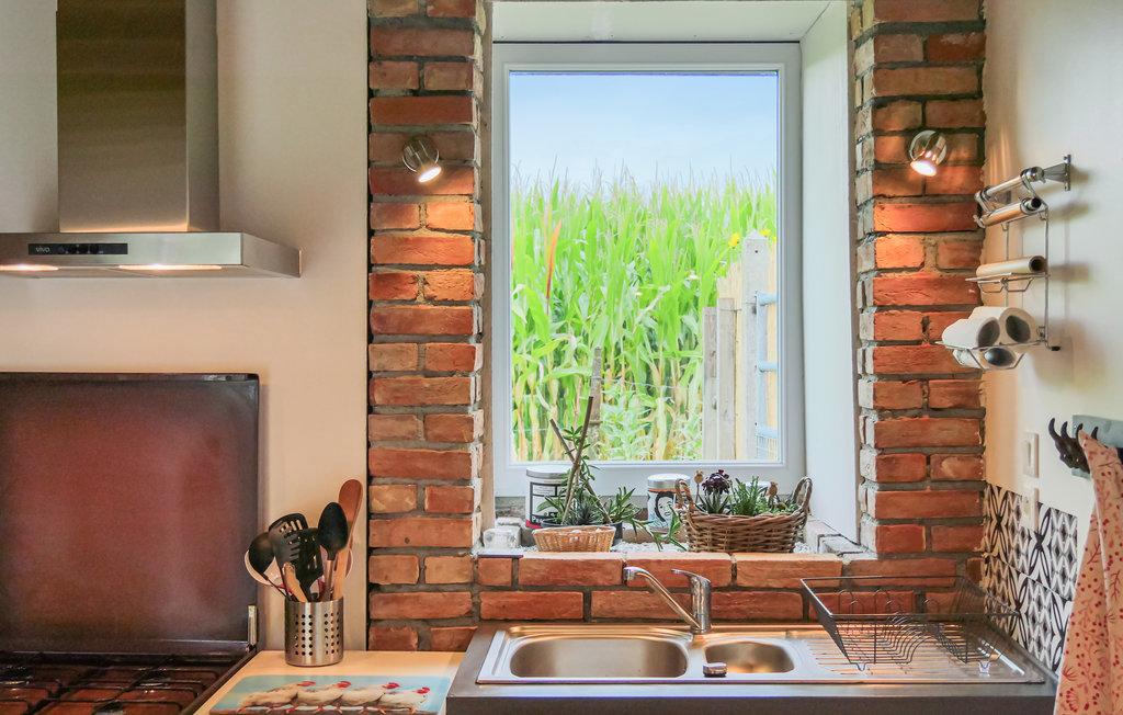 fnm497_kitchen_02