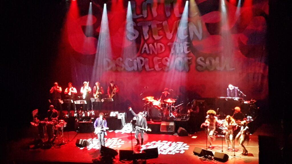 Southside Johnny & Little Steven (2017 live in Amsterdam)